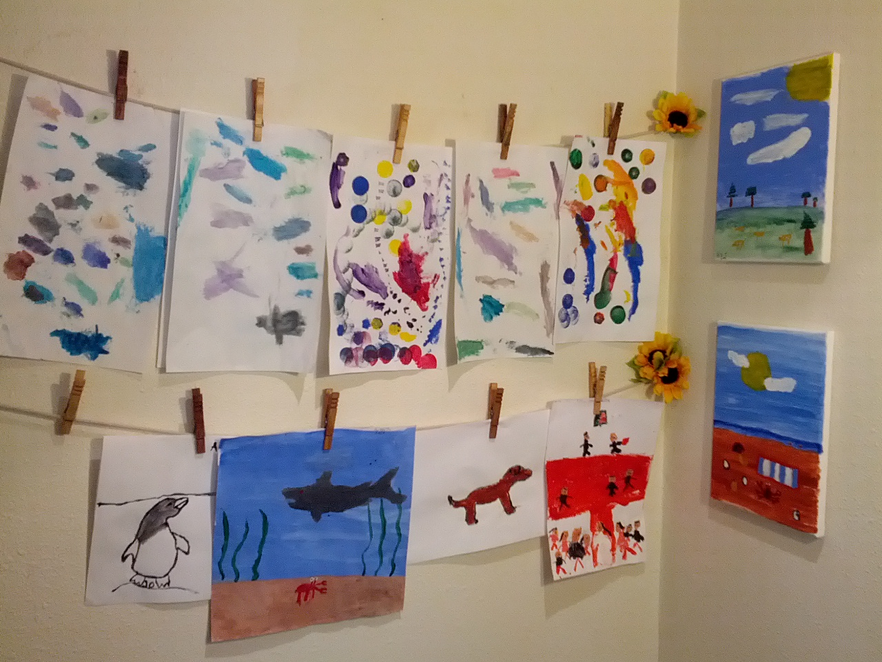 Kids Art Corner using clothespins