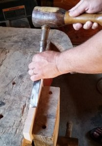 chisel and wood mallet